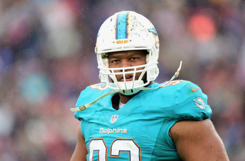 LOS ANGELES, CA - NOVEMBER 20: Ndamukong Suh (Photo by Harry How/Getty Images)