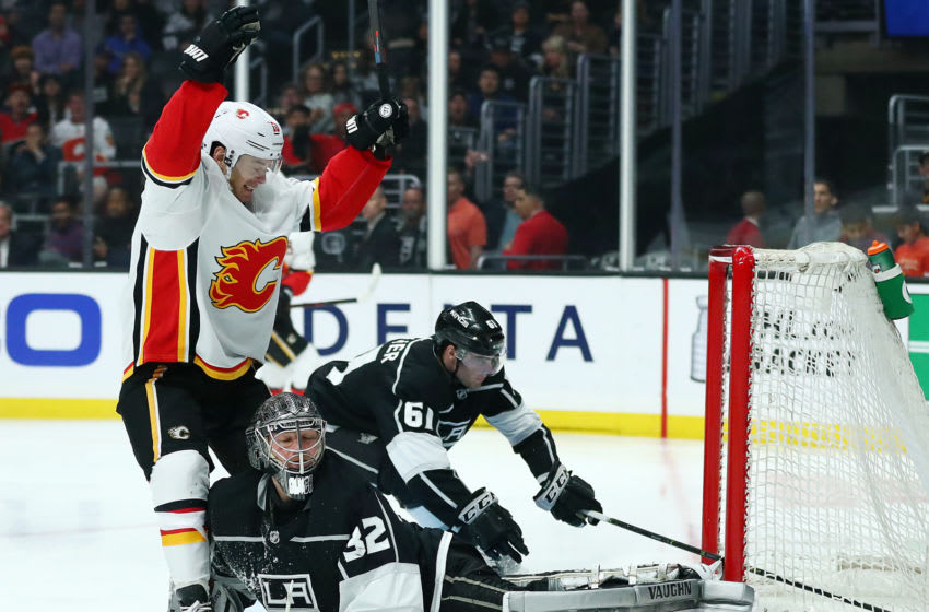 LOS ANGELES, CALIFORNIA - APRIL 01: Derek Ryan #10 of the Calgary Flames celebrates after scoring the fifth goal past Jonathan Quick #32 of the Los Angeles Kings during the third period at Staples Center on April 01, 2019 in Los Angeles, California. (Photo by Yong Teck Lim/Getty Images)