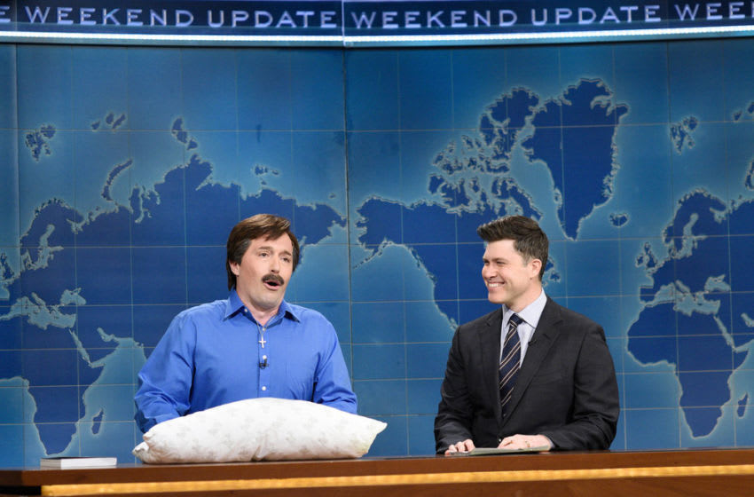 Beck Bennett as Mike Lindell and anchor Colin Jost during Weekend Update (Photo by: Will Heath/NBC)