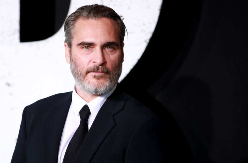 HOLLYWOOD, CALIFORNIA - SEPTEMBER 28: Joaquin Phoenix attends the premiere of Warner Bros Pictures