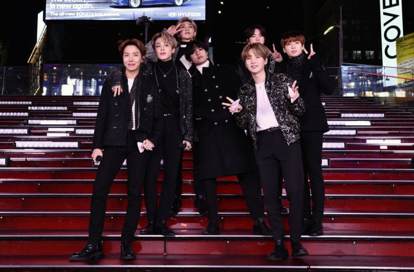 NEW YORK, NEW YORK - DECEMBER 31: BTS performs during Dick Clark's New Year's Rockin' Eve With Ryan Seacrest 2020 on December 31, 2019 in New York City. (Photo by Eugene Gologursky/Getty Images for Dick Clark Productions )