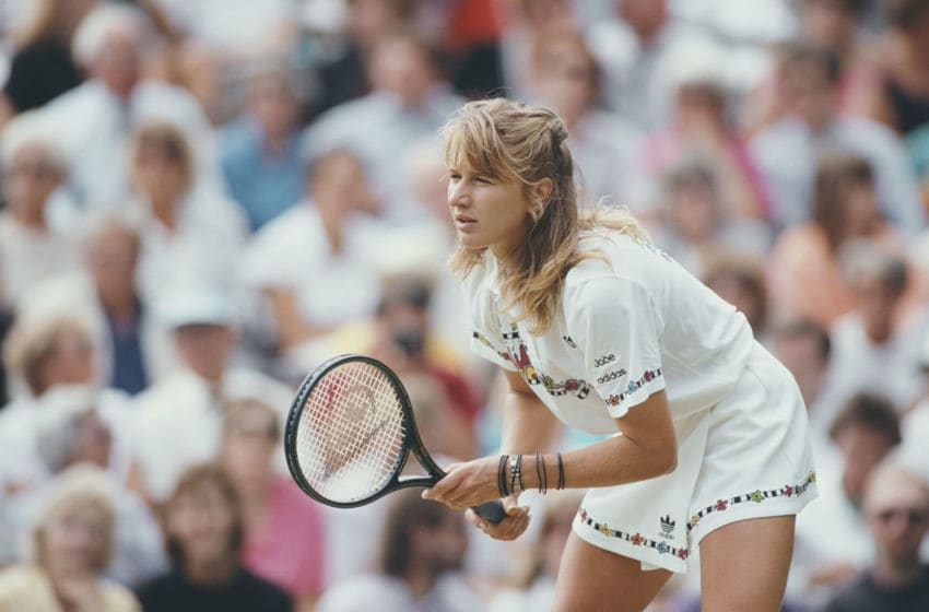 Steffi Graf of Germany during the Women's Singles Final against Martina Navratilova at the Wimbledon Lawn Tennis Championship on 8 July 1989 at the All England Lawn Tennis and Croquet Club in Wimbledon in London, England. (Photo by Bob Martin/Allsport/Getty Images)