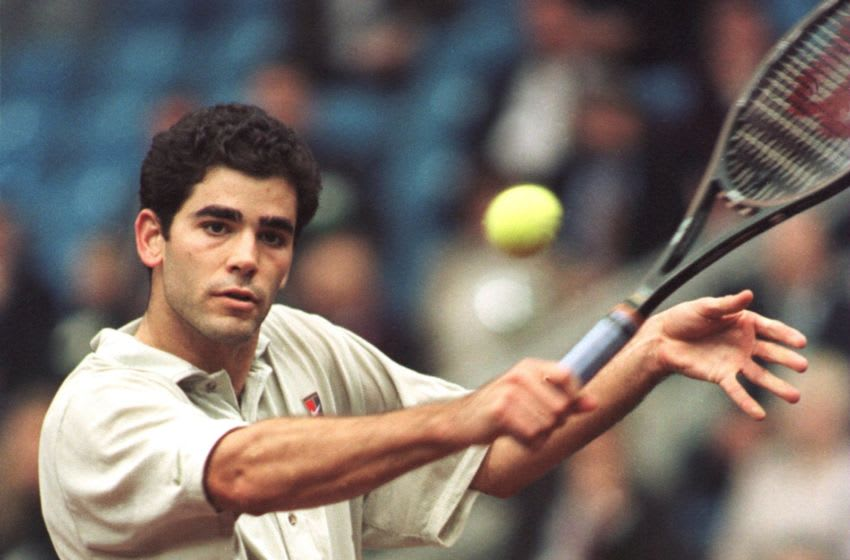 1 DEC 1995: PETE SAMPRAS OF THE USA IN ACTION DURING HIS 5 SET VICTORY VICTORY OVER ANDREI CHESNOKOV OF RUSSIA DURING RUSSIA V USA DAVIS CUP FINAL IN MOSCOW, RUSSIA. Mandatory Credit: Clive Brunskill/ALLSPORT