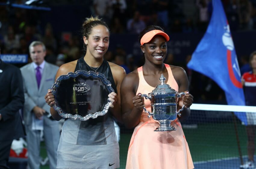 NEW YORK, USA - SEPTEMBER 9: Sloane Stephens (R) of USA poses for a photo with the 2017 US Open Tennis Championships trophy after winning the Women's Singles Final tennis match against Madison Keys of USA (L) within the 2017 US Open Tennis Championships at Arthur Ashe Stadium in New York, United States on September 9, 2017. (Photo by Volkan Furuncu/Anadolu Agency/Getty Images)
