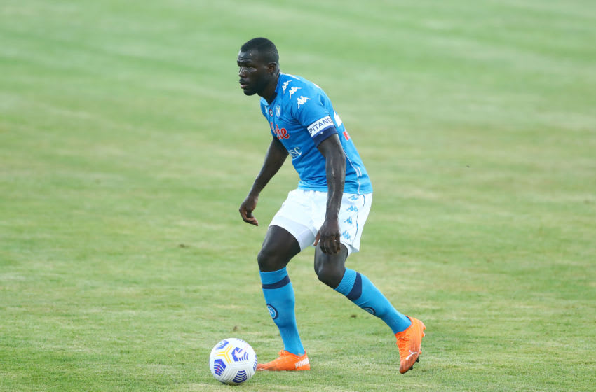 CASTEL DI SANGRO, ITALY - AUGUST 28: (BILD ZEITUNG OUT) Kalidou Koulibaly of Napoli controls the ball during the pre-season friendly match between SSC Napoli and Castel Di Sangro at Stadio Comunale Teofilo Patini on August 28, 2020 in Castel di Sangro, Italy. (Photo by Matteo Ciambelli/DeFodi Images via Getty Images)