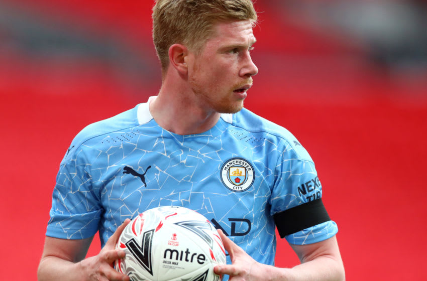LONDON, ENGLAND - APRIL 17: Kevin De Bruyne of Manchester City during the Semi Final of the Emirates FA Cup match between Manchester City and Chelsea FC at Wembley Stadium on April 17, 2021 in London, England. Sporting stadiums around the UK remain under strict restrictions due to the Coronavirus Pandemic as Government social distancing laws prohibit fans inside venues resulting in games being played behind closed doors. (Photo by Chloe Knott - Danehouse/Getty Images)