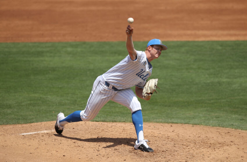 LOS ANGELES, CALIFORNIA - MAY 02: Jesse Bergin #55 of UCLA pitches against Oregon State at Jackie Robinson Stadium on May 02, 2021 in Los Angeles, California. (Photo by Andy Bao/Getty Images)