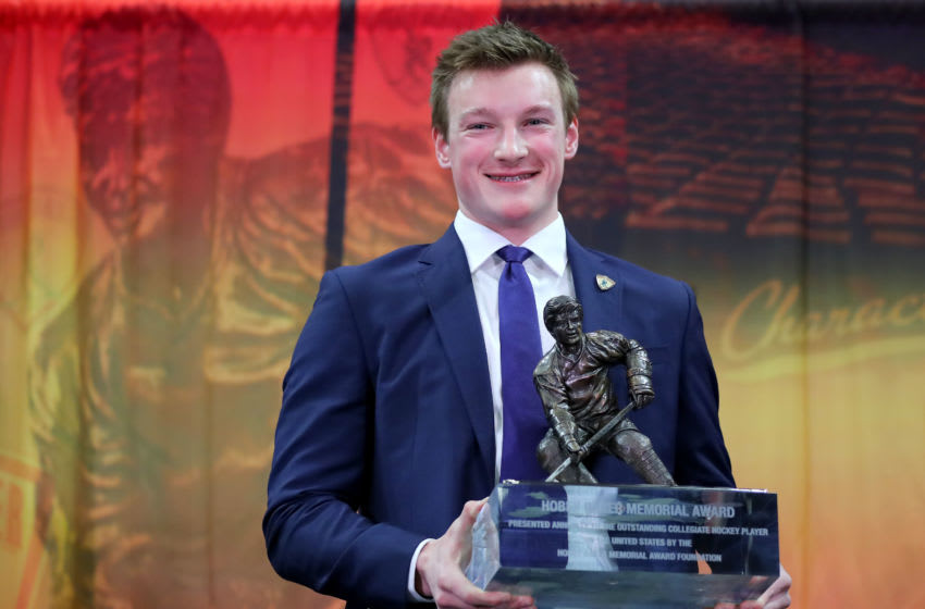 BUFFALO, NEW YORK - APRIL 12: Cale Makar of the University of Massachusetts and winner of the 2019 Hobey Baker Memorial Award poses the trophy after the award ceremony at the Harbor Center on April 12, 2019 in Buffalo, New York. (Photo by Elsa/Getty Images)