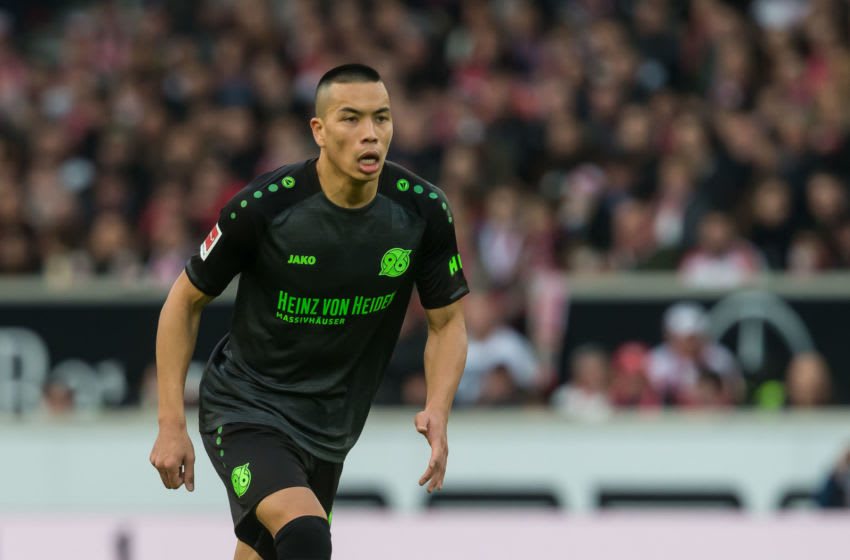 STUTTGART, GERMANY - MARCH 03: Bobby Wood of Hannover 96 looks on during the Bundesliga match between VfB Stuttgart and Hannover 96 at Mercedes-Benz Arena on March 3, 2019 in Stuttgart, Germany. (Photo by TF-Images/Getty Images)