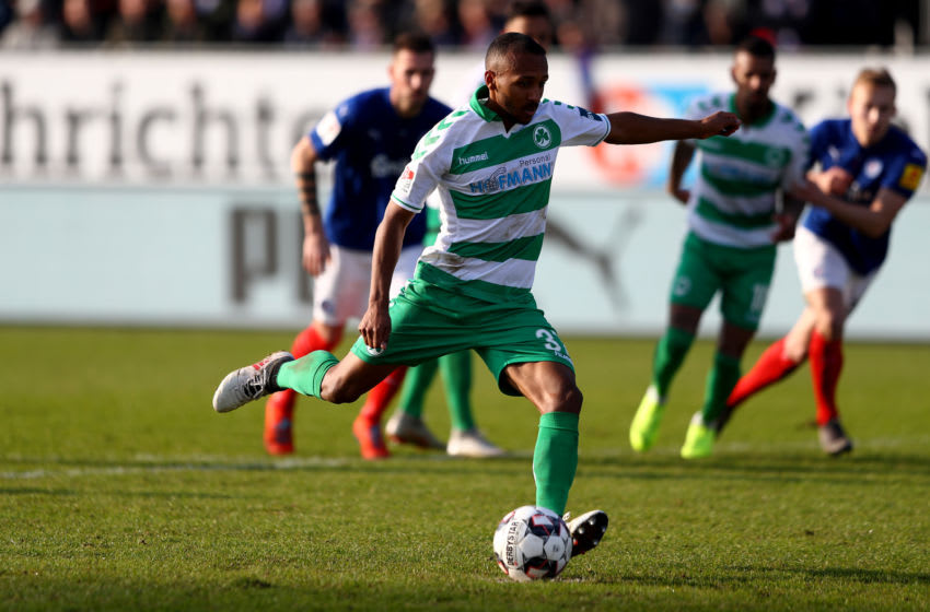 KIEL, GERMANY - FEBRUARY 17: Julian Green of Greuther Fuerth scores the opening goal by penalty kick during the Second Bundesliga match between Holstein Kiel and SpVgg Greuther Fuerth at Holstein-Stadion on February 17, 2019 in Kiel, Germany. (Photo by Martin Rose/Bongarts/Getty Images)