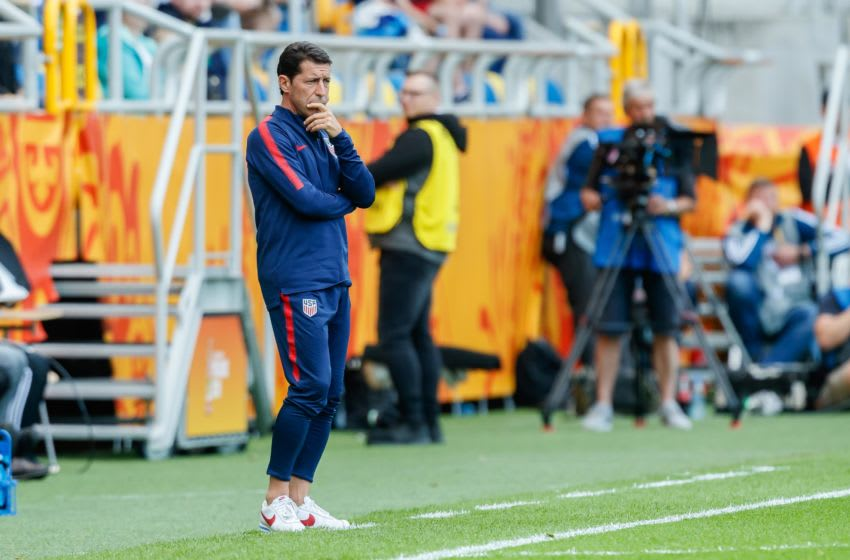 GDYNIA, POLAND - JUNE 08: head coach Ramos Tab of USA looks on during the 2019 FIFA U-20 World Cup Quarter Final match between USA and Ecuador at Gdynia Stadium on June 8, 2019 in Gdynia, Poland. (Photo by TF-Images/Getty Images)