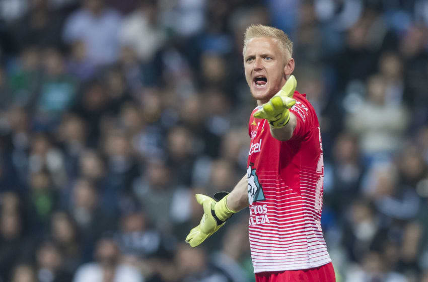 MONTERREY, MEXICO - FEBRUARY 03: William Yarbrough, goalkeeper of Leon, gestures during the 5th round match between Monterrey and Leon as part of the Torneo Clausura 2018 Liga MX at BBVA Bancomer Stadium on February 3, 2018 in Monterrey, Mexico. (Photo by Azael Rodriguez/Getty Images)