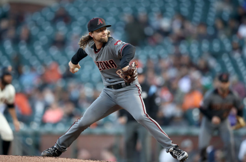 SAN FRANCISCO, CALIFORNIA - AUGUST 27: Mike Leake #8 of the Arizona Diamondbacks pitches against the San Francisco Giants at Oracle Park on August 27, 2019 in San Francisco, California. (Photo by Ezra Shaw/Getty Images)