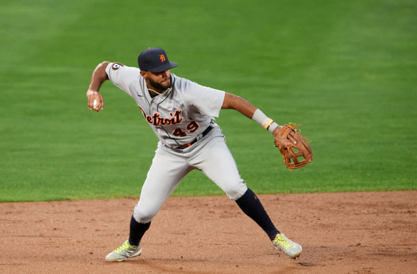 MINNEAPOLIS, MINNESOTA - SEPTEMBER 22: Willi Castro #49 of the Detroit Tigers makes a play at shortstop against the Minnesota Twins during the game at Target Field on September 22, 2020 in Minneapolis, Minnesota. The Twins defeated the Tigers 5-4 in ten innings. (Photo by Hannah Foslien/Getty Images)