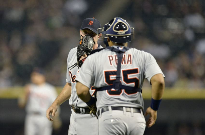 CHICAGO, IL - SEPTEMBER 9: Starting pitcher Max Scherzer #37 of the Detroit Tigers (L) talks with catcher Brayan Pena #55 during the first inning against the Chicago White Sox at U.S. Cellular Field on September 9, 2013 in Chicago, Illinois. (Photo by Brian Kersey/Getty Images)