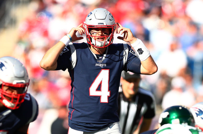 FOXBOROUGH, MASSACHUSETTS - SEPTEMBER 22: Jarrett Stidham #4 of the New England Patriots gestures against the New York Jets at Gillette Stadium on September 22, 2019 in Foxborough, Massachusetts. (Photo by Adam Glanzman/Getty Images)