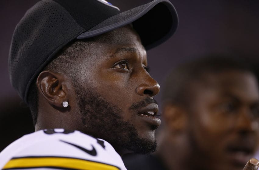 EAST RUTHERFORD, NJ - AUGUST 11: Antonio Brown #84 of the Pittsburgh Steelers on the sidelines during the fourth quarter against the New York Giants during an NFL preseason game at MetLife Stadium on August 11, 2017 in East Rutherford, New Jersey. The Steelers defeated the Giants 20-12. (Photo by Rich Schultz/Getty Images)