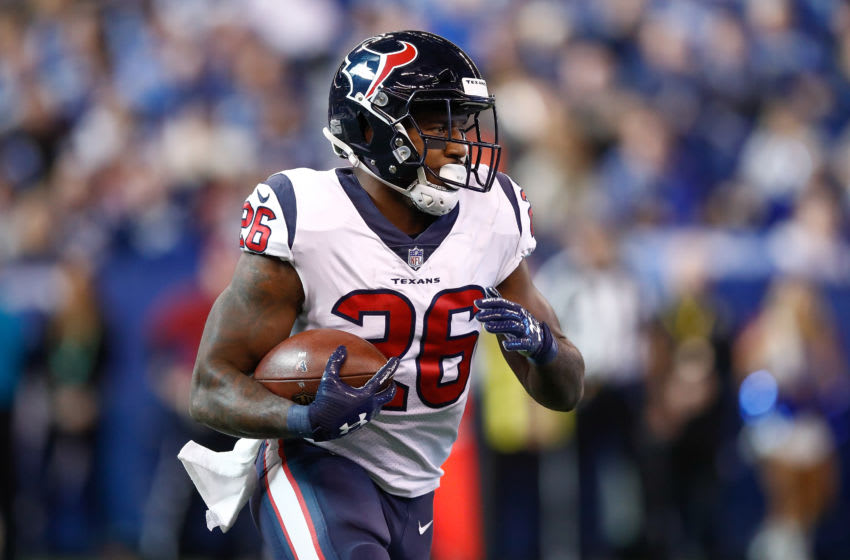 INDIANAPOLIS, IN - DECEMBER 31: Lamar Miller #26 of the Houston Texans runs with the ball against the Indianapolis Colts during the first half at Lucas Oil Stadium on December 31, 2017 in Indianapolis, Indiana. (Photo by Andy Lyons/Getty Images)