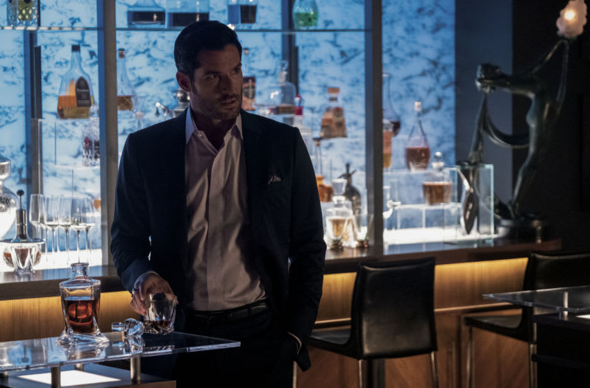 LUCIFER (L to R) TOM ELLIS as LUCIFER MORNINGSTAR in episode 103 of LUCIFER Cr. JOHN P. FLEENOR/NETFLIX © 2020