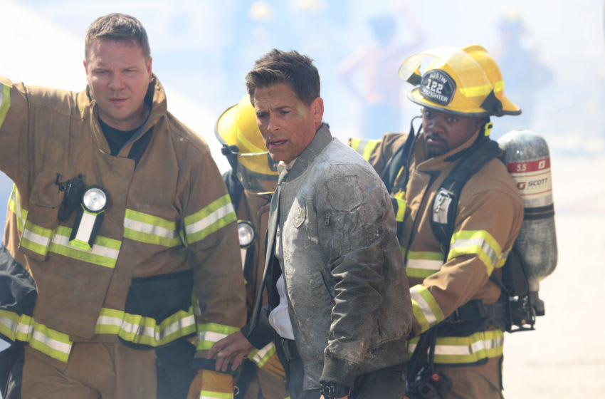 """9-1-1: LONE STAR: L-R: Jim Parrack, Rob Lowe and Brian Michael Smith in the """"Dust to Dust"""" season finale episode of 9-1-1: LONE STAR airing Monday, May 24 (9:01-10:00 PM ET/PT) on FOX. © 2021 Fox Media LLC. CR: Jordin Althaus/FOX."""
