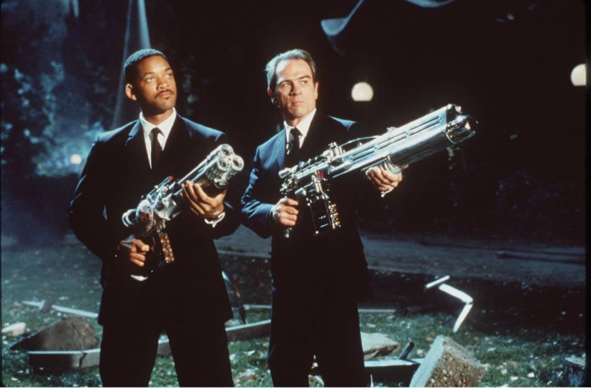 1997 J (Will Smith) and K (Tommy Lee Jones) take aim at an alien in the sci-fi action comedy,