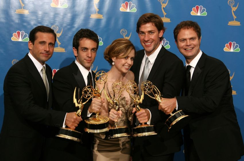 LOS ANGELES - AUGUST 27: Actor Steve Carell, actor B.J. Novak, actress Jenna Fischer, actor John Krasinski and actor Rainn Wilson poses in the press room after winning 'Outstanding Comedy Series' for 'The Office ' at the 58th Annual Primetime Emmy Awards at the Shrine Auditorium on August 27, 2006 in Los Angeles, California. (Photo by Kevin Winter/Getty Images)