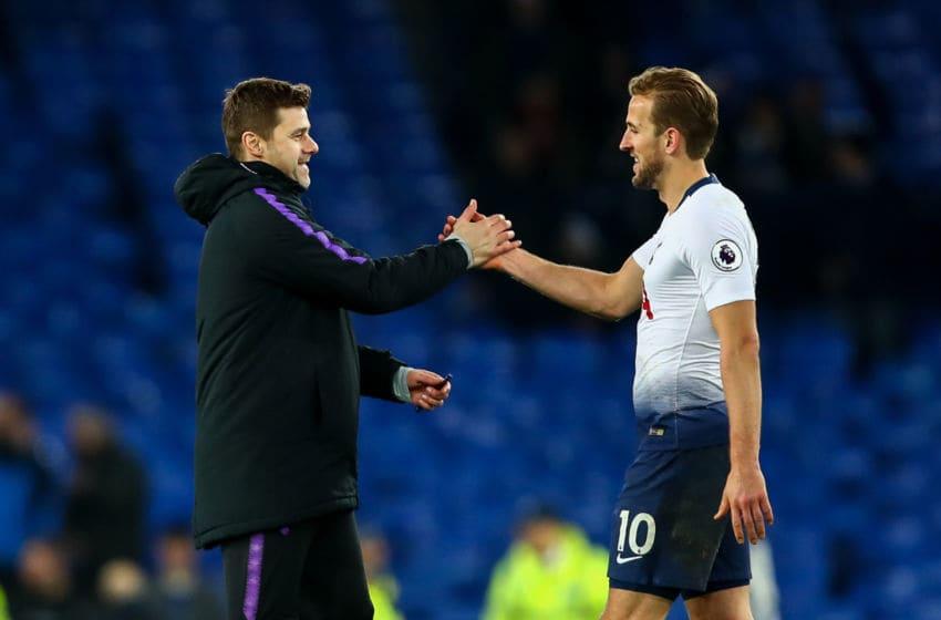 Mauricio Pochettino head coach / manager of Tottenham Hotspur and Harry Kane of Tottenham Hotspur. (Photo by Robbie Jay Barratt - AMA/Getty Images)