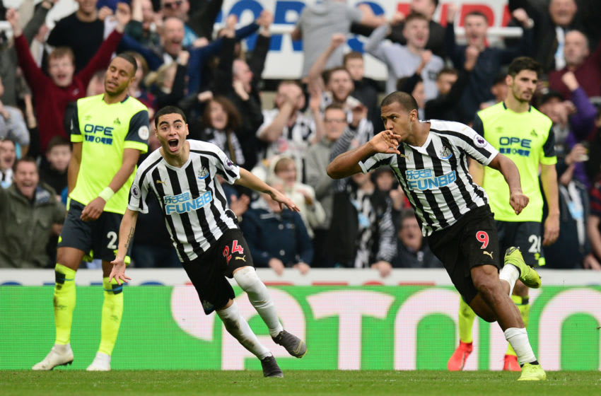 NEWCASTLE UPON TYNE, ENGLAND - FEBRUARY 23: Salomon Rondon of Newcastle United celebrates after scoring his team's first goal during the Premier League match between Newcastle United and Huddersfield Town at St. James Park on February 23, 2019 in Newcastle upon Tyne, United Kingdom. (Photo by Mark Runnacles/Getty Images)