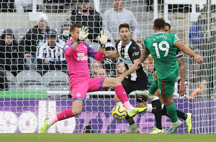 NEWCASTLE UPON TYNE, ENGLAND - OCTOBER 27: Jonny Otto of Wolverhampton Wanderers scores his sides first goal during the Premier League match between Newcastle United and Wolverhampton Wanderers at St. James Park on October 27, 2019 in Newcastle upon Tyne, United Kingdom. (Photo by Ian MacNicol/Getty Images)