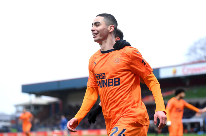 ROCHDALE, ENGLAND - JANUARY 04: Miguel Almiron of Newcastle United celebrates after scoring his team's first goal during the FA Cup Third Round match between Rochdale AFC and Newcastle United at Spotland Stadium on January 04, 2020 in Rochdale, England. (Photo by Laurence Griffiths/Getty Images)