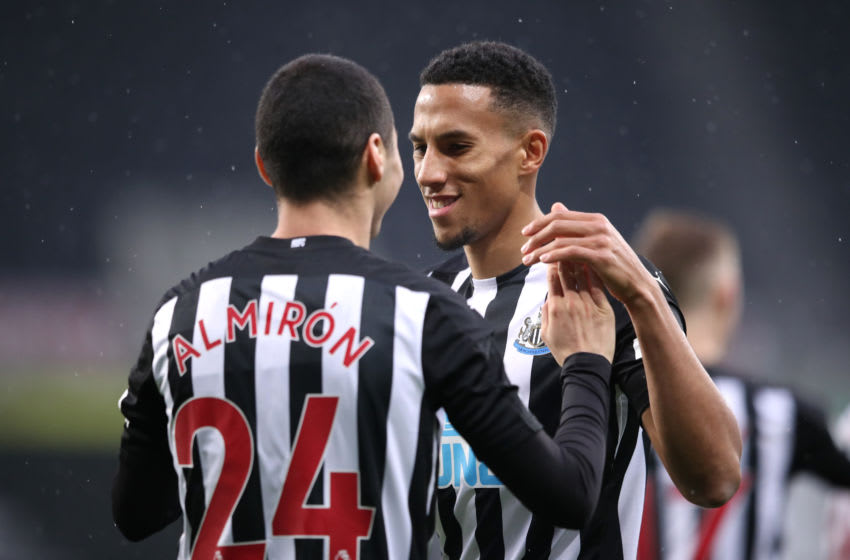 Isaac Hayden of Newcastle United. (Photo by Alex Pantling/Getty Images)