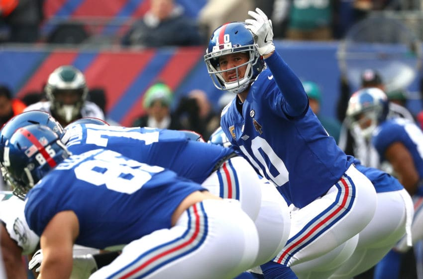 EAST RUTHERFORD, NJ - DECEMBER 17: Eli Manning #10 of the New York Giants calls a play against the Philadelphia Eagles in the game at MetLife Stadium on December 17, 2017 in East Rutherford, New Jersey. (Photo by Al Bello/Getty Images)