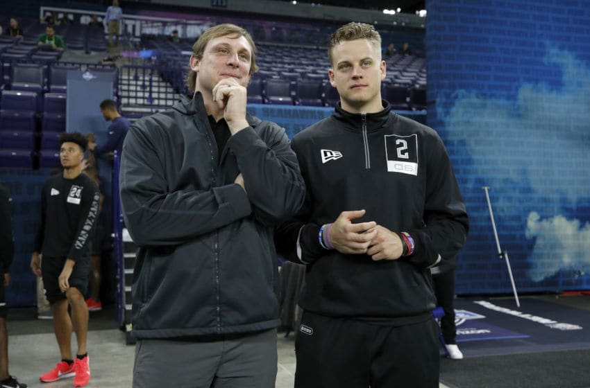 INDIANAPOLIS, IN - FEBRUARY 27: Quarterback Joe Burrow of LSU talks to former NFL quarterback Chad Pennington during NFL Scouting Combine at Lucas Oil Stadium on February 27, 2020 in Indianapolis, Indiana. (Photo by Joe Robbins/Getty Images)
