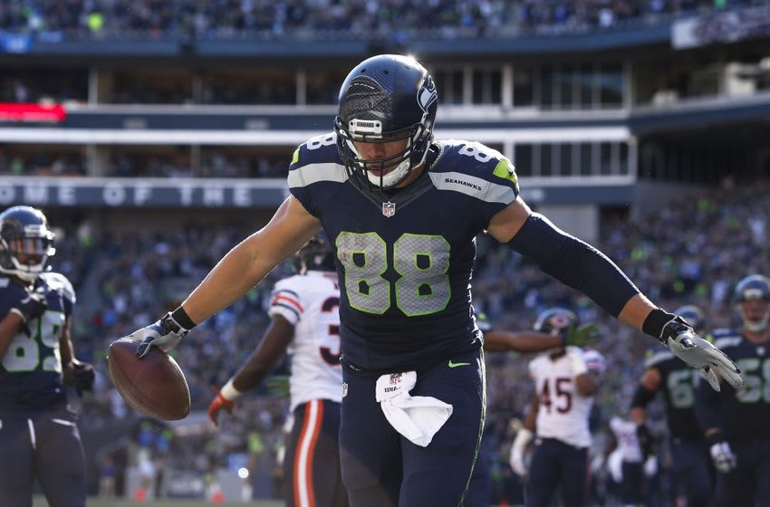 Sep 27, 2015; Seattle, WA, USA; Seattle Seahawks tight end Jimmy Graham (88) celebrates after catching a touchdown pass against the Chicago Bears during the third quarter at CenturyLink Field. Seattle defeated Chicago, 26-0. Mandatory Credit: Joe Nicholson-USA TODAY Sports