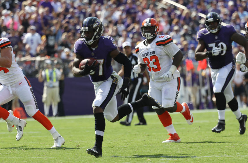 BALTIMORE, MD - SEPTEMBER 17: Running back Javorius Allen #37 of the Baltimore Ravens runs the ball against the Cleveland Browns in the second quarter at M&T Bank Stadium on September 17, 2017 in Baltimore, Maryland. (Photo by Rob Carr /Getty Images)