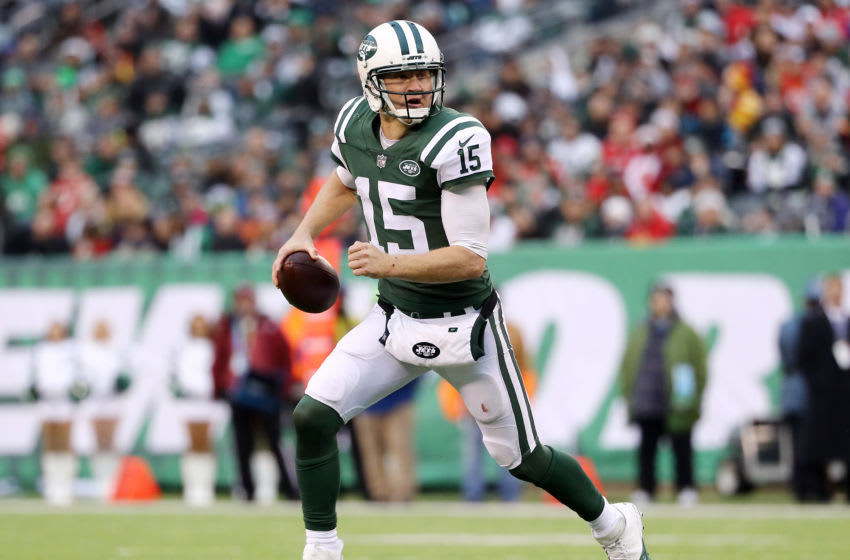 EAST RUTHERFORD, NEW JERSEY - DECEMBER 03: Josh McCown (Photo by Elsa/Getty Images)