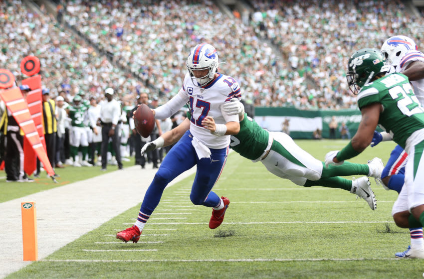 EAST RUTHERFORD, NEW JERSEY - SEPTEMBER 08: Josh Allen #17 of the Buffalo Bills scrambles for a touchdown against the New York Jets during the fourth quarter at MetLife Stadium on September 08, 2019 in East Rutherford, New Jersey. (Photo by Michael Owens/Getty Images)
