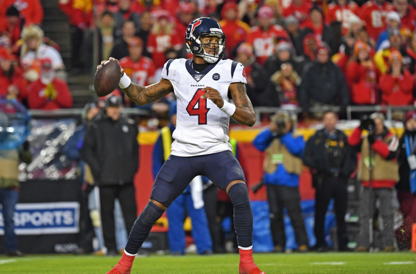 KANSAS CITY, MISSOURI - JANUARY 12: Quarterback Deshaun Watson #4 of the Houston Texans throws a pass down field in the second half of during the AFC Divisional playoff game against the Kansas City Chiefs at Arrowhead Stadium on January 12, 2020 in Kansas City, Missouri. (Photo by Peter G. Aiken/Getty Images)
