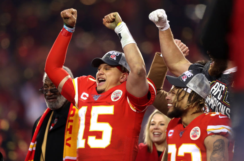 KANSAS CITY, MISSOURI - JANUARY 19: Patrick Mahomes #15 of the Kansas City Chiefs ceebrates after defeating the Tennessee Titans in the AFC Championship Game at Arrowhead Stadium on January 19, 2020 in Kansas City, Missouri. The Chiefs defeated the Titans 35-24. (Photo by Matthew Stockman/Getty Images)