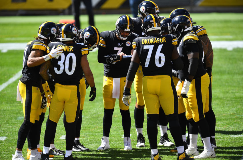 PITTSBURGH, PA - SEPTEMBER 20: Ben Roethlisberger #7 of the Pittsburgh Steelers huddles with teammates during the game against the Denver Broncos at Heinz Field on September 20, 2020 in Pittsburgh, Pennsylvania. (Photo by Joe Sargent/Getty Images)