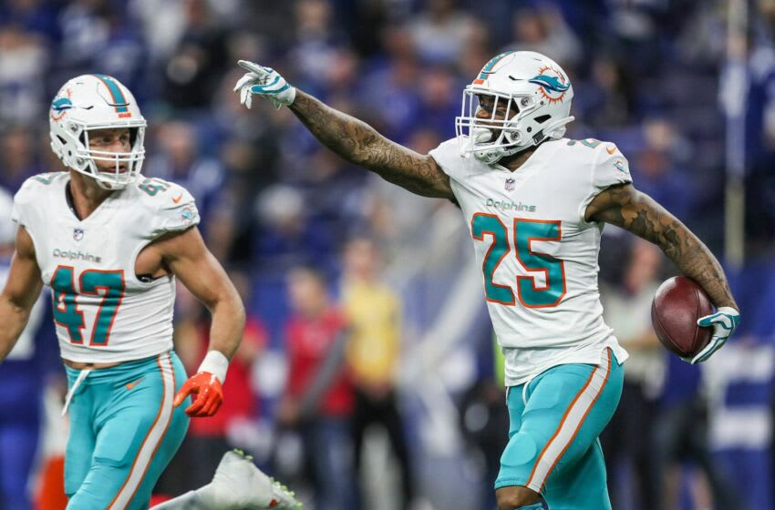 Miami Dolphins cornerback Xavien Howard (25) celebrates his second interception in 14 seconds in the second quarter of the game at Lucas Oil Stadium in Indianapolis, Sunday, Nov. 25, 2018. Indianapolis Colts Versus Miami Dolphins At Lucas Oil Stadium In Indianapolis Sunday Nov 25 2018