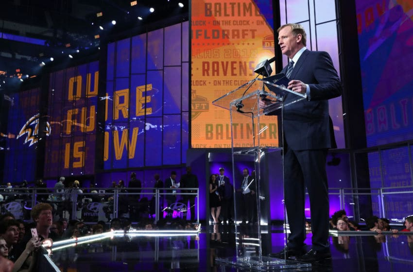 ARLINGTON, TX - APRIL 26: NFL Commissioner Roger Goodell announces a pick by the Baltimore Ravens during the first round of the 2018 NFL Draft at AT&T Stadium on April 26, 2018 in Arlington, Texas. (Photo by Tom Pennington/Getty Images)