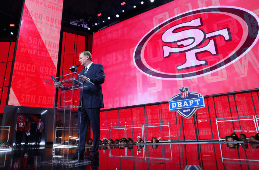 ARLINGTON, TX - APRIL 26: NFL Commissioner Roger Goodell announces a pick by the San Francisco 49ers during the first round of the 2018 NFL Draft at AT&T Stadium on April 26, 2018 in Arlington, Texas. (Photo by Tom Pennington/Getty Images)