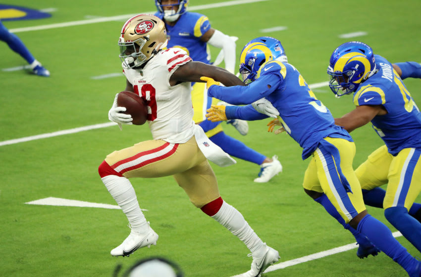 INGLEWOOD, CALIFORNIA - NOVEMBER 29: Deebo Samuel #19 of the San Francisco 49ers runs with the ball during the second half against the Los Angeles Rams at SoFi Stadium on November 29, 2020 in Inglewood, California. (Photo by Katelyn Mulcahy/Getty Images)