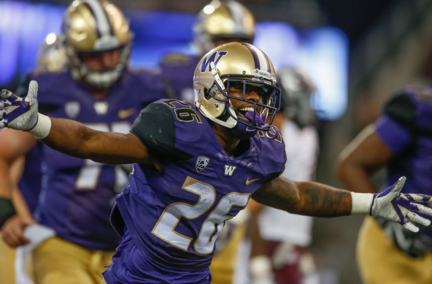Running back Salvon Ahmed #26 of the Washington Huskies (Photo by Otto Greule Jr/Getty Images)