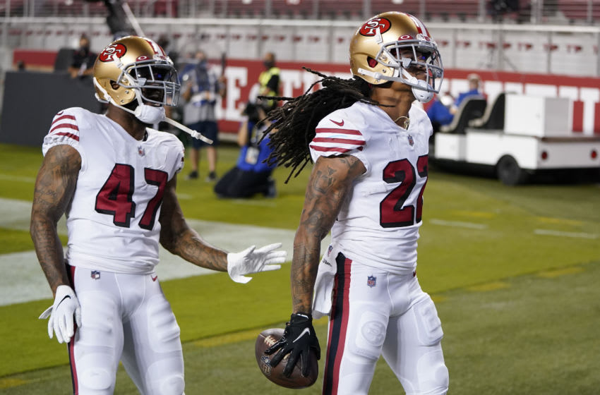 Jason Verrett #22 is congratulated by teammate Jamar Taylor #47 of the San Francisco 49ers (Photo by Thearon W. Henderson/Getty Images)