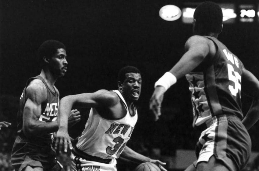 Brooklyn Nets Bernard King. Mandatory Copyright Notice: Copyright 2015 NBAE (Photo by NBA Photos/NBAE via Getty Images)
