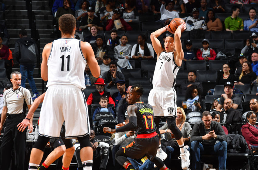 BROOKLYN, NY - APRIL 2 : Jeremy Lin #7 of the Brooklyn Nets passes the ball to Brook Lopez #11 against the Atlanta Hawks on April 2, 2017 at Barclays Center in Brooklyn, New York. NOTE TO USER: User expressly acknowledges and agrees that, by downloading and or using this Photograph, user is consenting to the terms and conditions of the Getty Images License Agreement. Mandatory Copyright Notice: Copyright 2017 NBAE (Photo by Jesse D. Garrabrant/NBAE via Getty Images)
