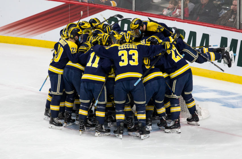 ST. PAUL, MN - APRIL 5: The Michigan Wolverines huddle before a game against the Notre Dame Fighting Irish during game two of the 2018 NCAA Division I Men's Hockey Frozen Four Championship Semifinal at the Xcel Energy Center on April 5, 2018 in St. Paul, Minnesota. (Photo by Richard T Gagnon/Getty Images)