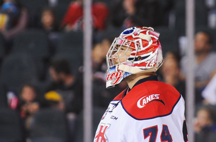 CALGARY, AB - OCTOBER 15: Stuart Skinner #74 of the Lethbridge Hurricanes in action against the Calgary Hitmen during a WHL game at the Scotiabank Saddledome on October 15, 2017 in Calgary, Alberta, Canada. (Photo by Derek Leung/Getty Images)